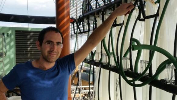 מירון צולמן, דוקטורנט בחוג ללימודי הסביבה, התקבל כעמית מחקר במרכז מנה לאבטחת מזון