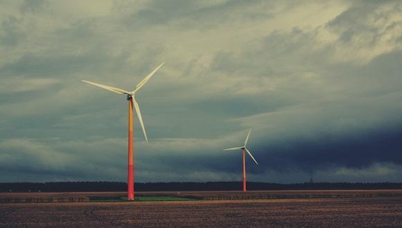 פרופ' קולין פרייס בדיון על אנרגיה מתחדשת