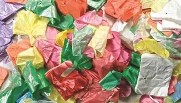 שקיות ניילון. (צילום:ויקיפדיה)